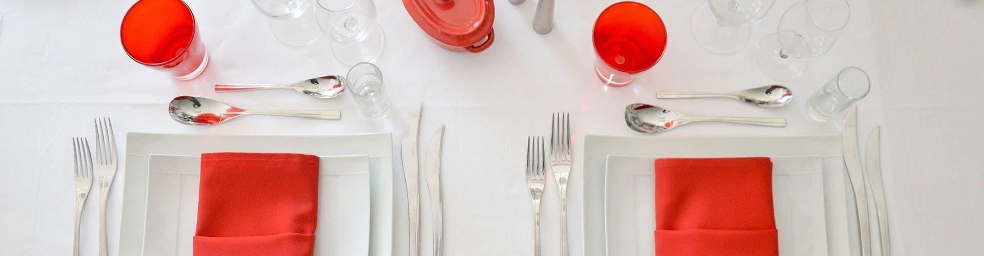 Dévouvrez notre Catalogue de vaisselle, mobilier, tentes, chapiteau et décoration sur Lyon et Grenoble